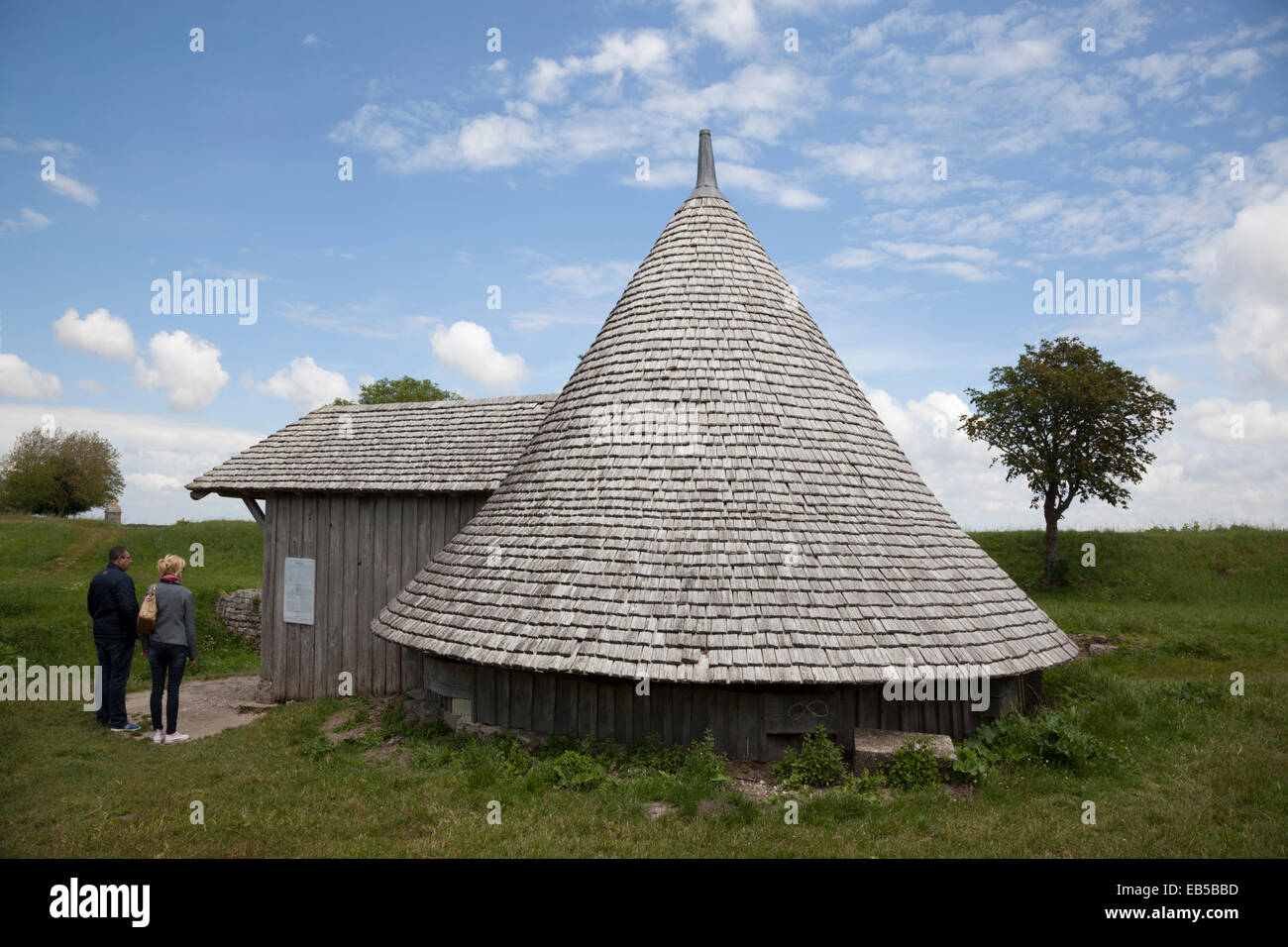 The cold room of Brouage: half-buried and covered with a roof of shingles, the building could hold up to 22 tons - Stock Image