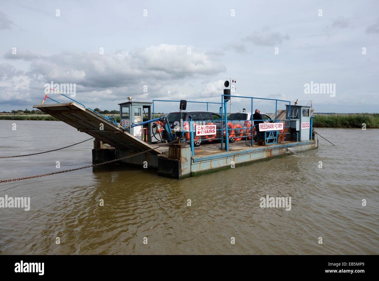 The Reedham car ferry - Stock Image