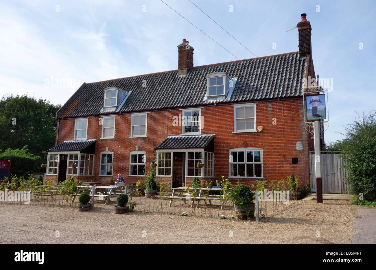 The Duke's Head pub, Somerleyton - Stock Image