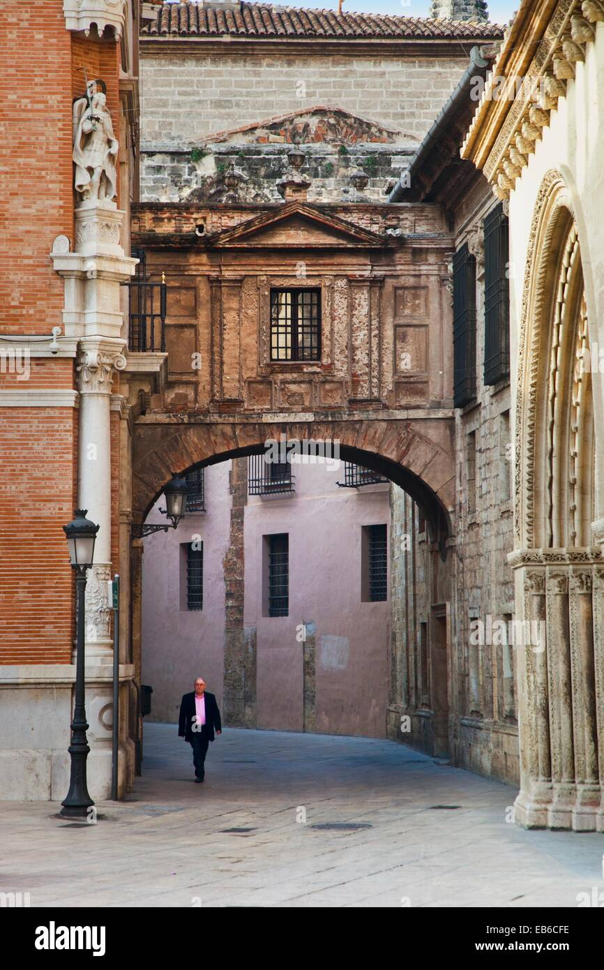 Overpass linking cathedral and Archbishops Palace over Barchilla Street  Valencia  Comunidad Valenciana  Spain. Stock Photo