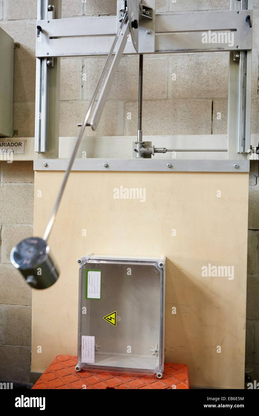 Mechanical Impact Test Low Voltage Electric Laboratory Certification