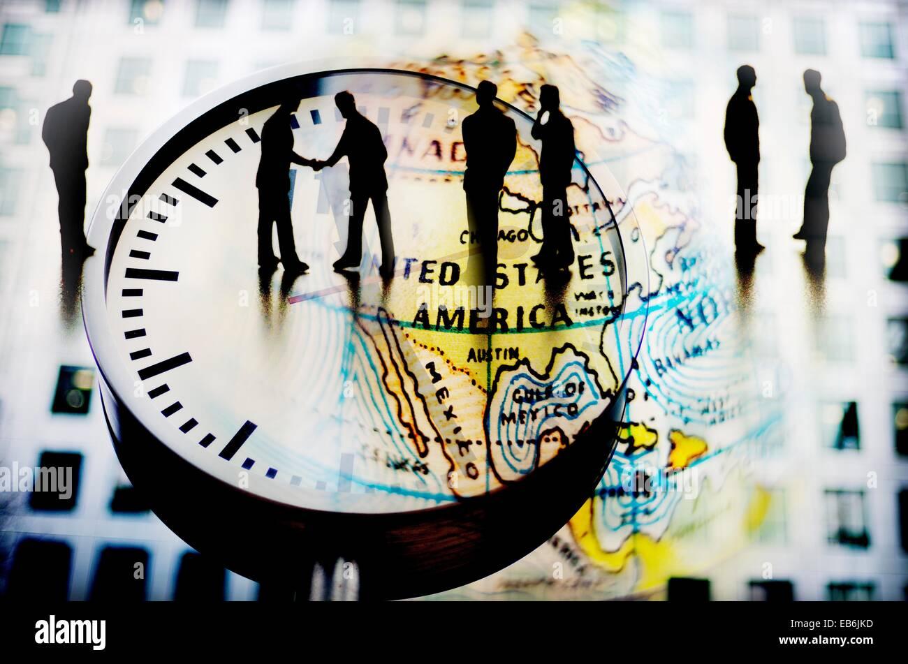 hombres de negocios cerrando acuerdo sobre un reloj y mapa mundi composicion digital businessmen closing agreement - Stock Image