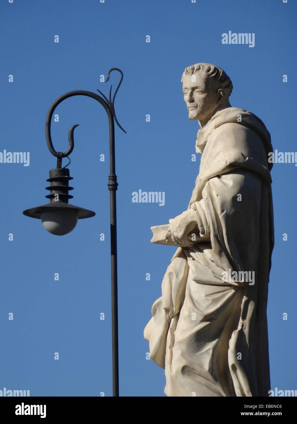 Saint Luis Bertran Statue, Trinity Bridge, Valencia, Spain. - Stock Image