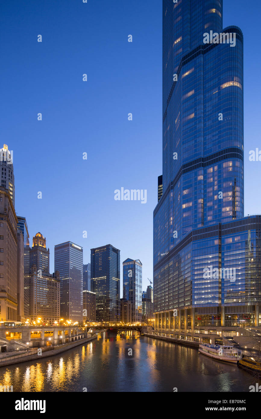 River view from Michigan Avenue bridge, near Wrigley Building, (Trump Tower on right), Chicago, Illinois, USA - Stock Image