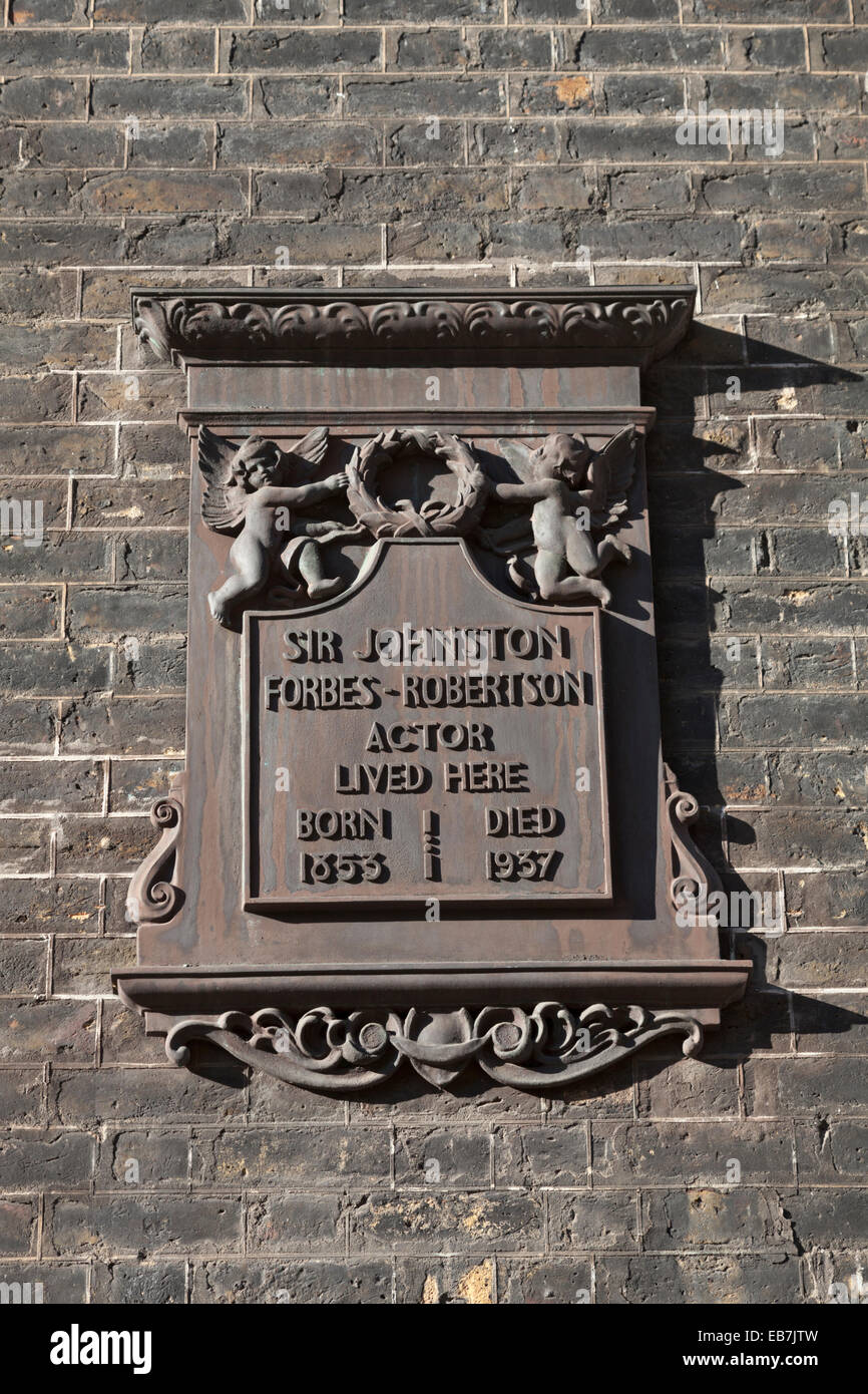 Sir Johnston Forbes - Robertson Actor Lived here. - Stock Image