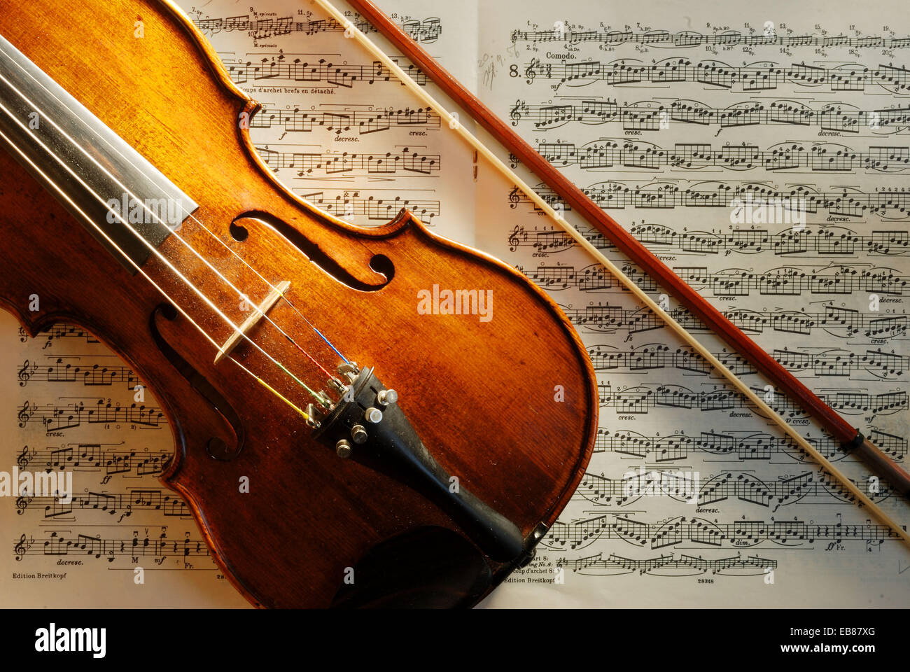 Bowed string instrument, Violin and sheet music. Bonn, Germany, 2007 - Stock Image