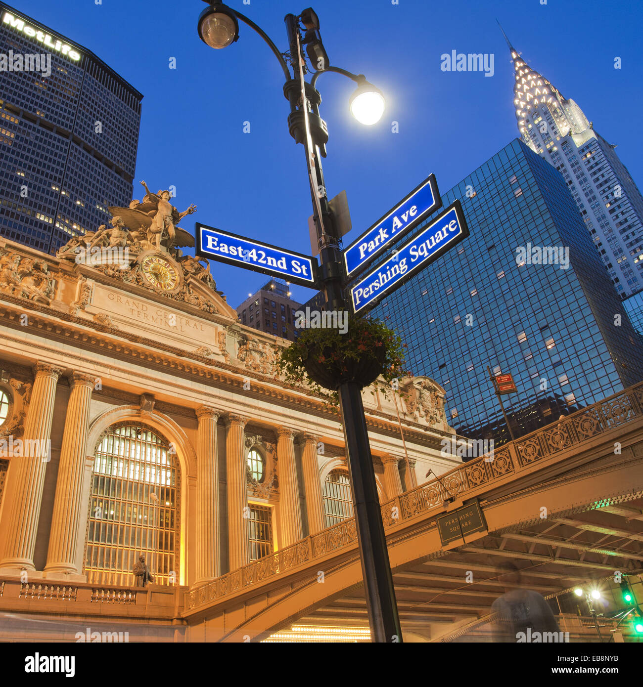 East 42nd Street and Park Avenue street sign Grand Central Station or Grand Central Terminal Pershing Bridge Chrysler - Stock Image