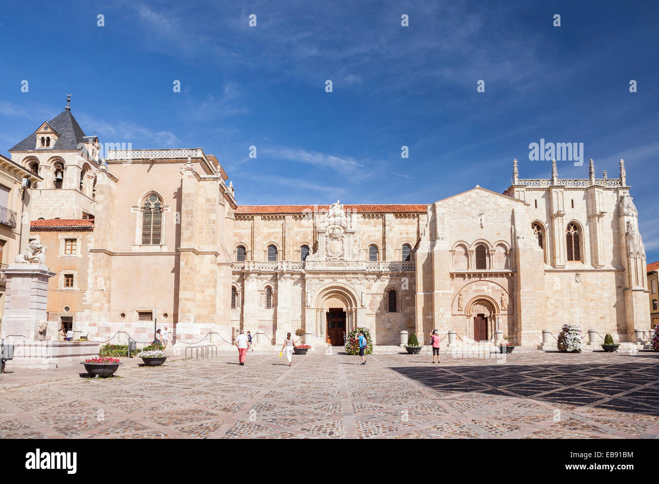 Real Colegiata de San Isidoro in Leon, Way of St. James, Leon, Spain Stock Photo