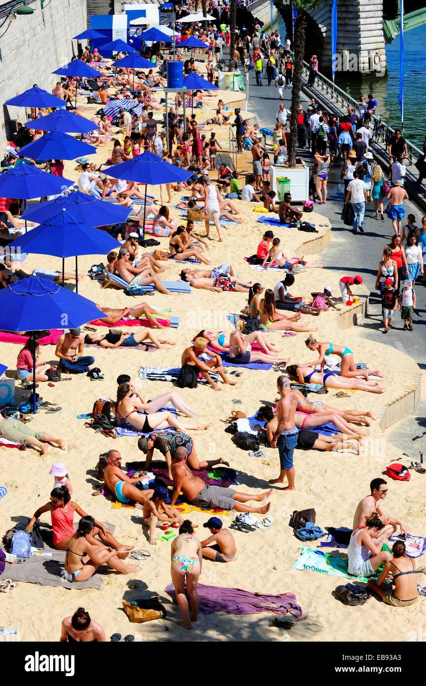 Paris Beach (Paris Plages) is a free summer event that transforms several spots in Paris into full-fledged beaches - Stock Image