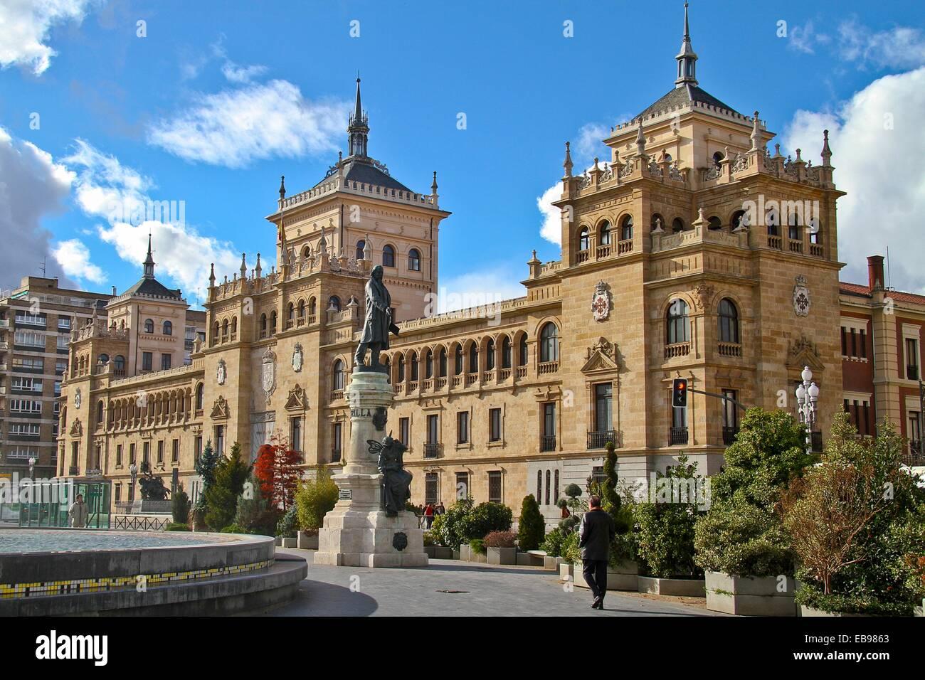 Plaza de Zorrilla, Academia de Caballeria, Valladolid, Castile and León, Spain - Stock Image