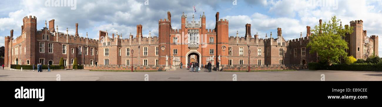 UK, London, Hampton Court. - Stock Image
