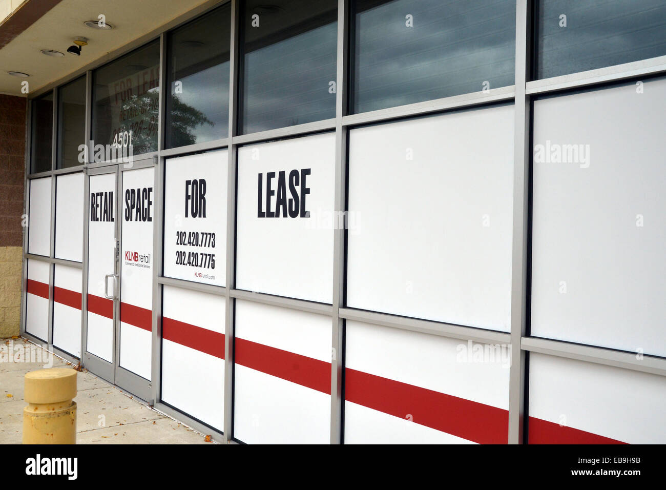 vacant store for lease - Stock Image