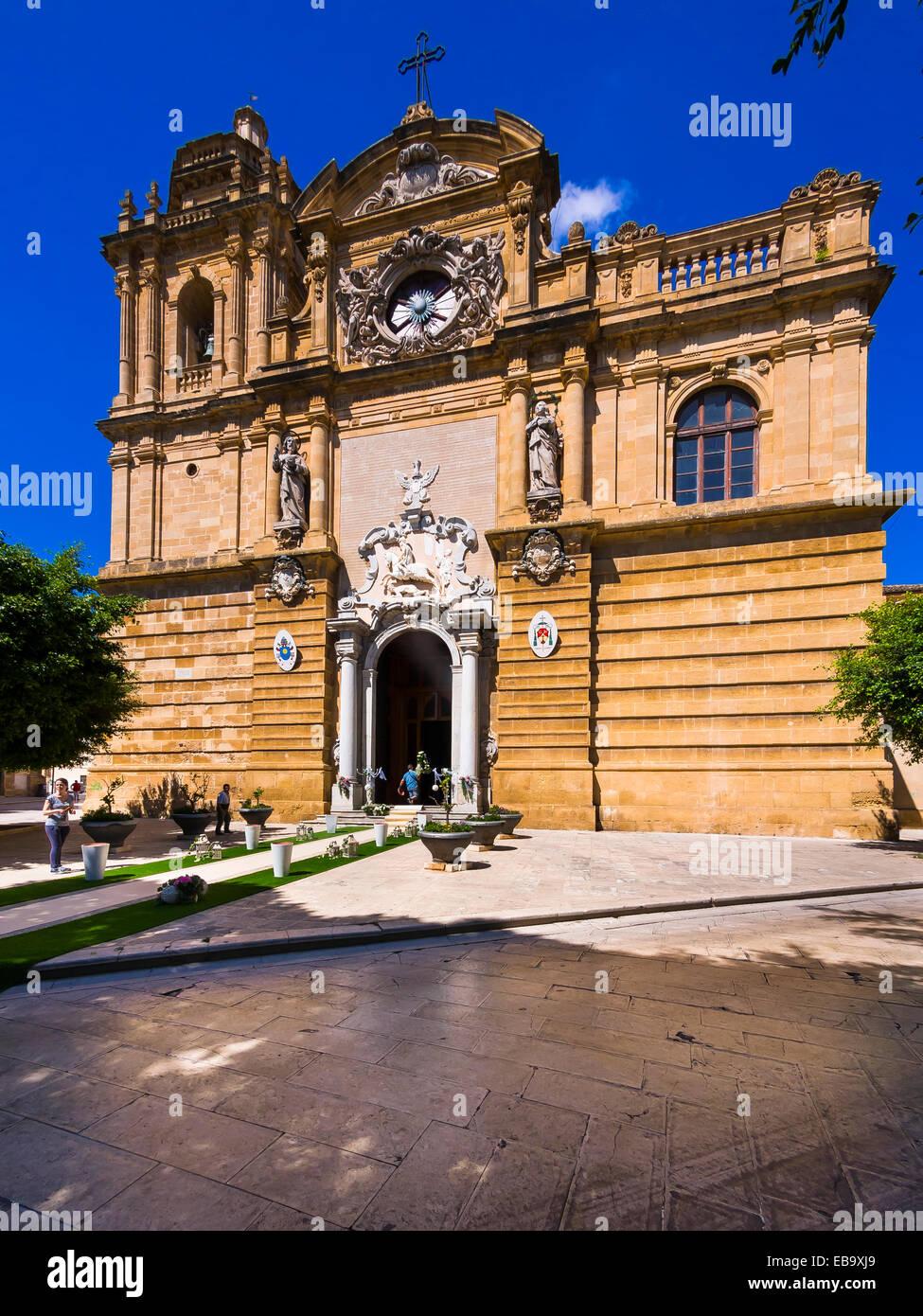 Cathedral del Santissimo Salvatore or San Vito Church, Mazara del Vallo, Province of Trapani, Sicily, Italy - Stock Image