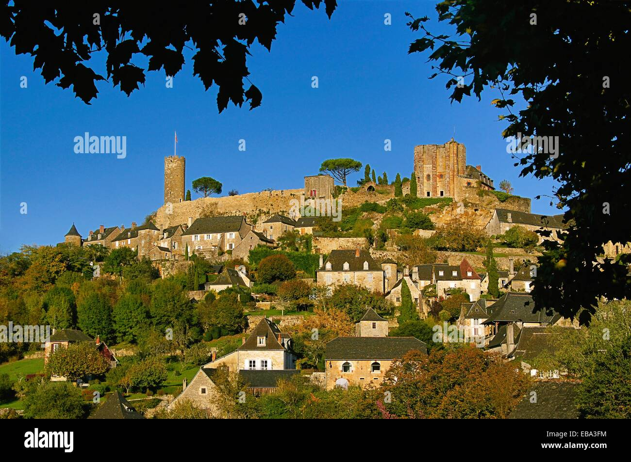 Turenne, Corrèze, Limousin, France. It is characterised by its height and unique position on top of a cliff. - Stock Image