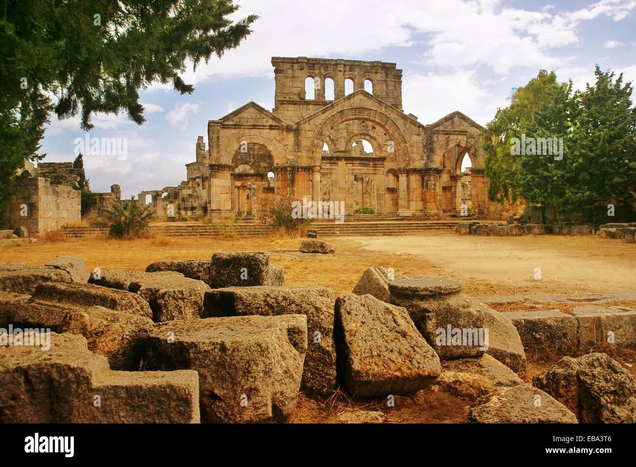 Basilica at the citadel of Saint Simeon the Stylite Qa´laat Samaan Syria - Stock Image