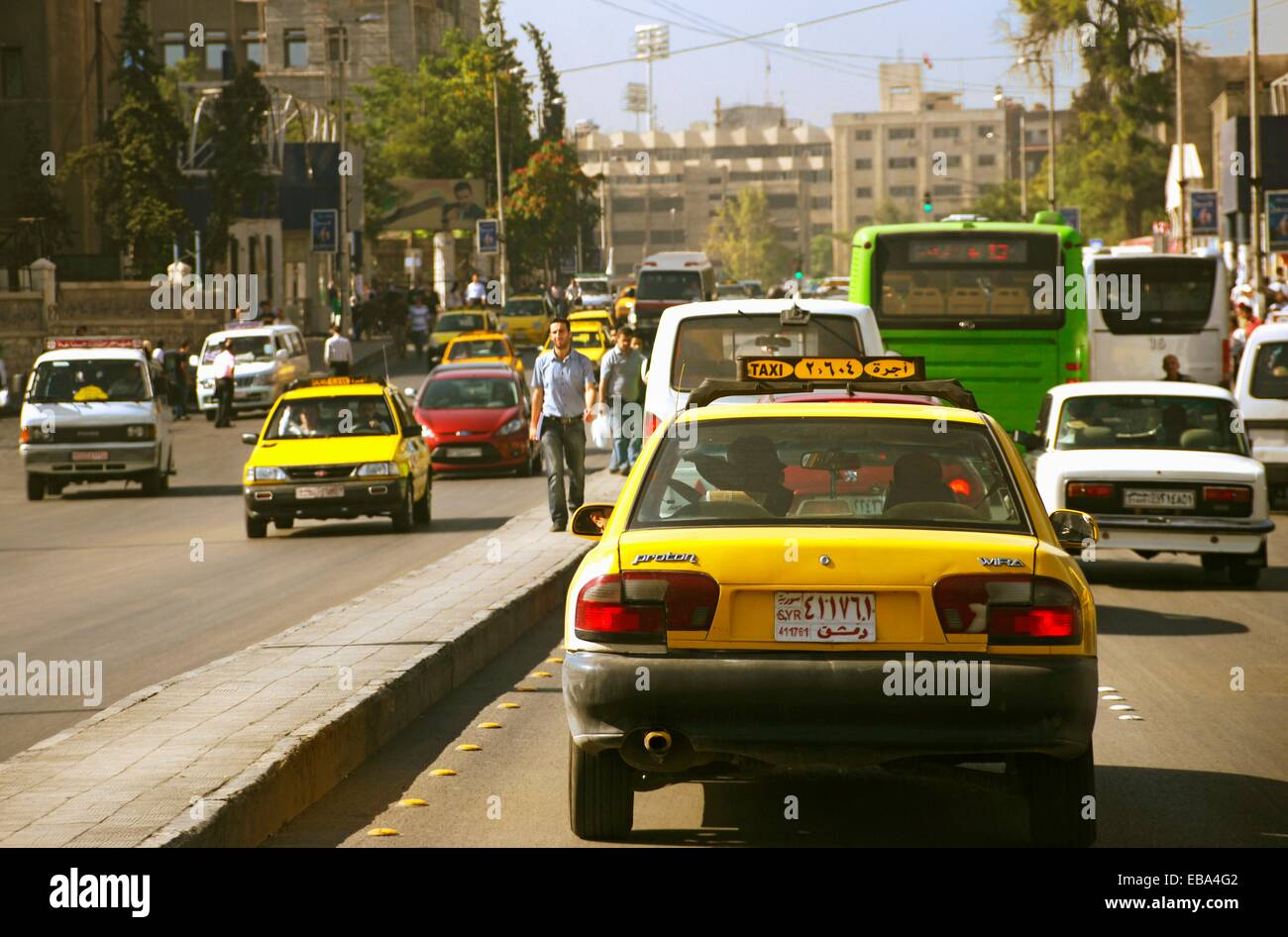 Heavy traffic in the center of Damascus, Syria - Stock Image