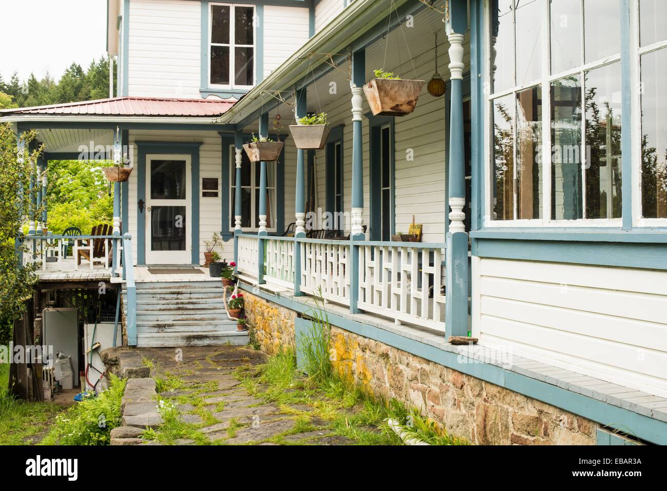 Breezy Bay Bed and Breakfast a house built in 1892 on Saturna Island Gulf Islands BC Canada. - Stock Image
