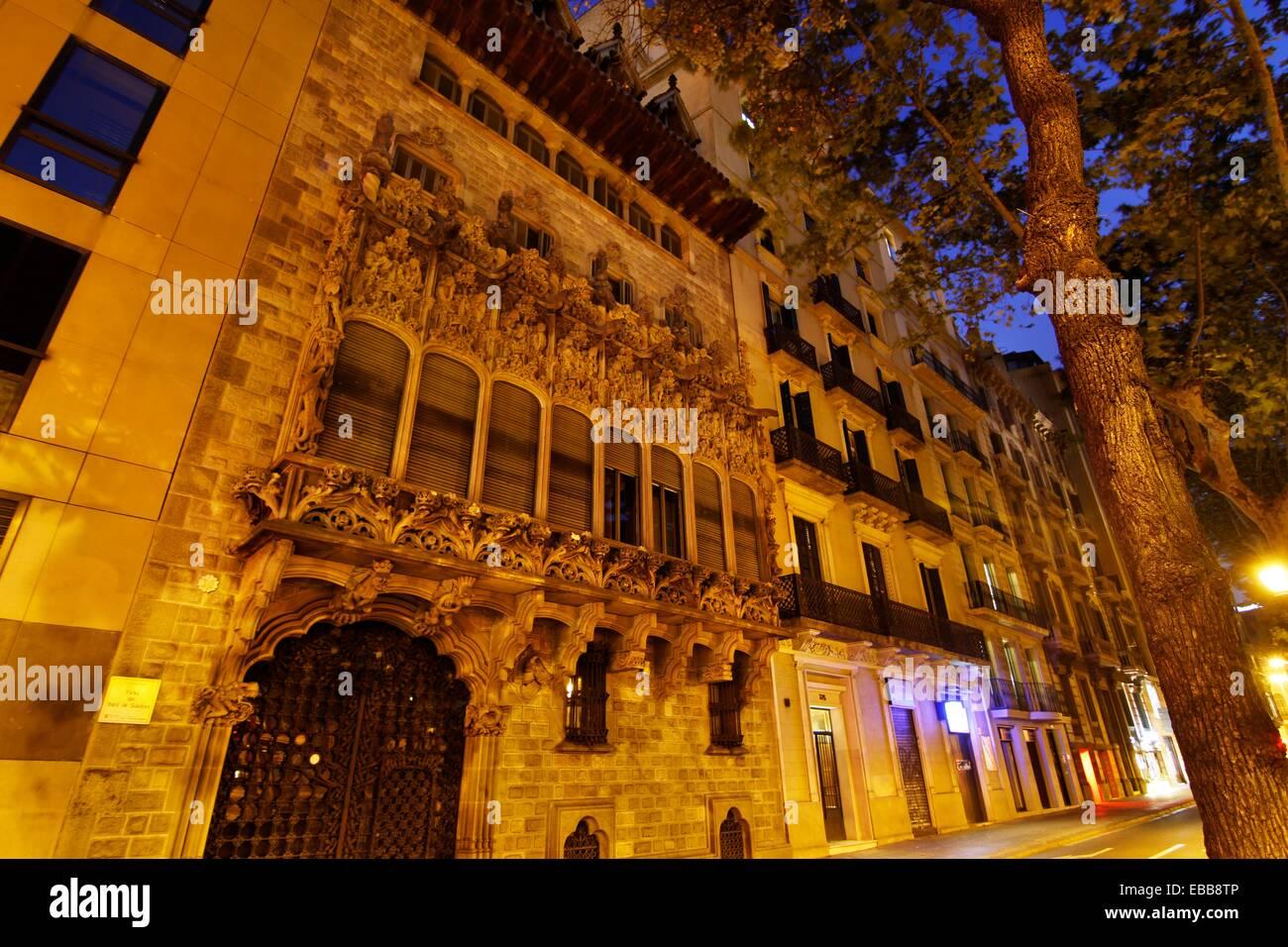 Palace Baro de Quadras, by Josep Puig i Cadafalch. 1910. Barcelona. - Stock Image