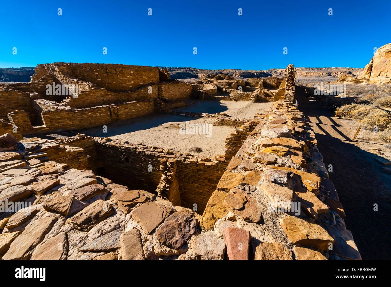 Chetro Ketl begun around 1020 and had an estimated 500 rooms and 16 kivas, Chaco Culture National Historical Park Stock Photo