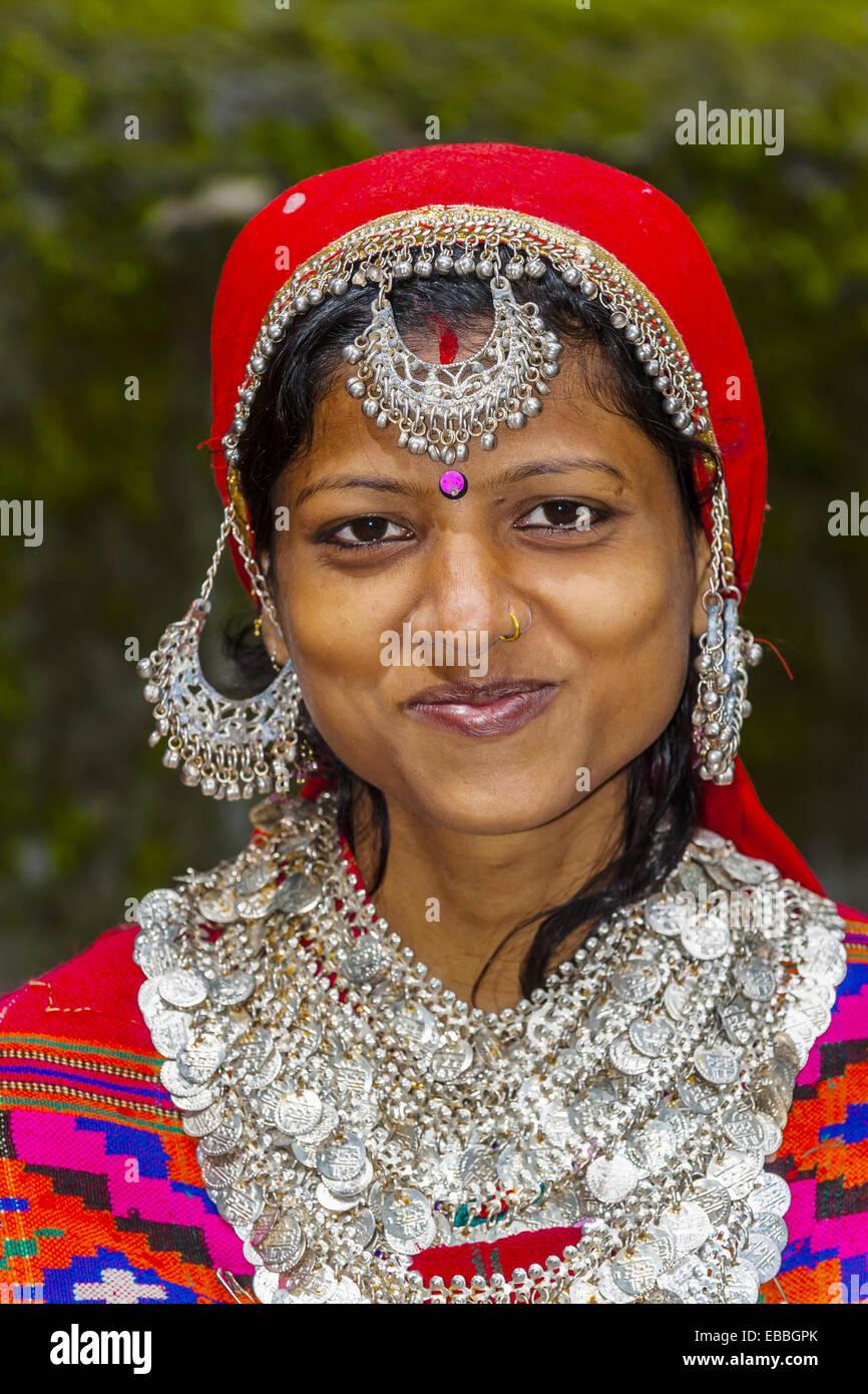 Indian woman wearing Kullu costume including Pattu Shawl, Hidimba Devi Temple, Manali, Himachal Pradesh, India. - Stock Image