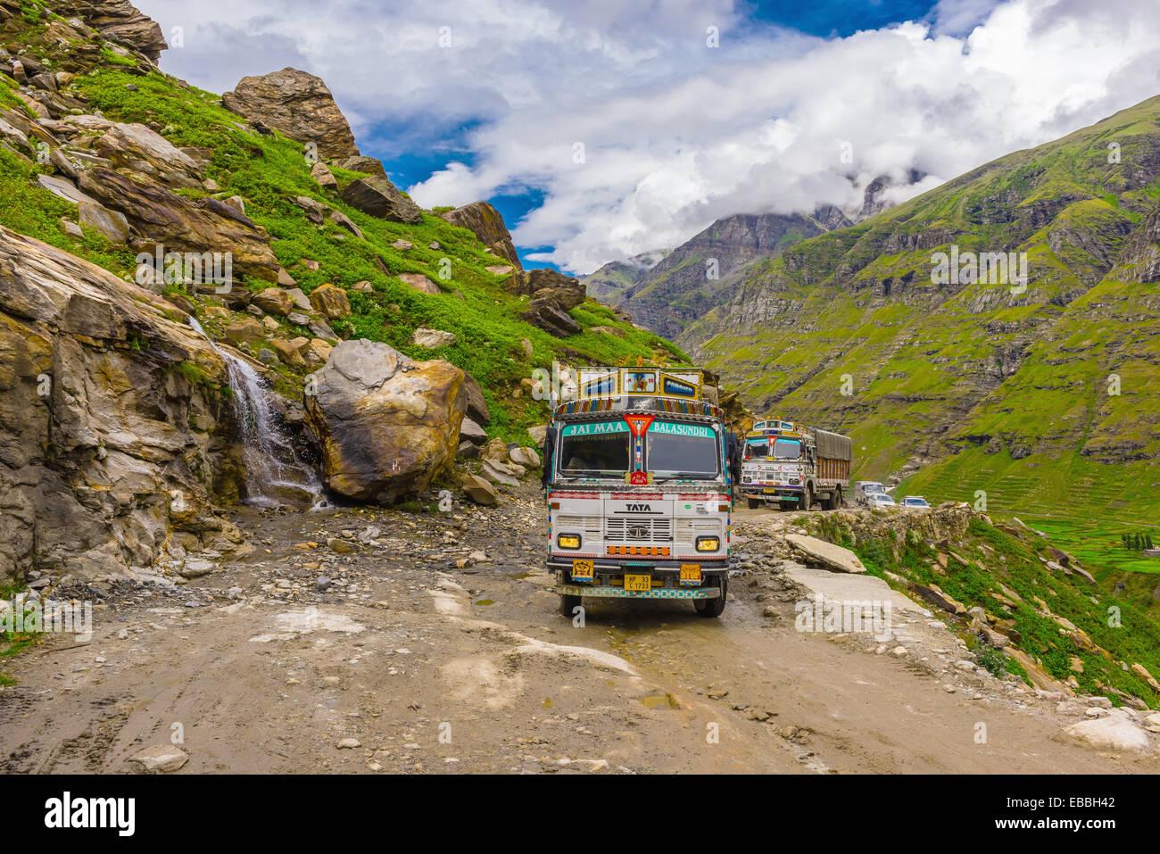 13 Asia cloud color image connect foot highway Himachal Pradesh Himalayas horizontal India lahaul Leh-Manali Manali - Stock Image