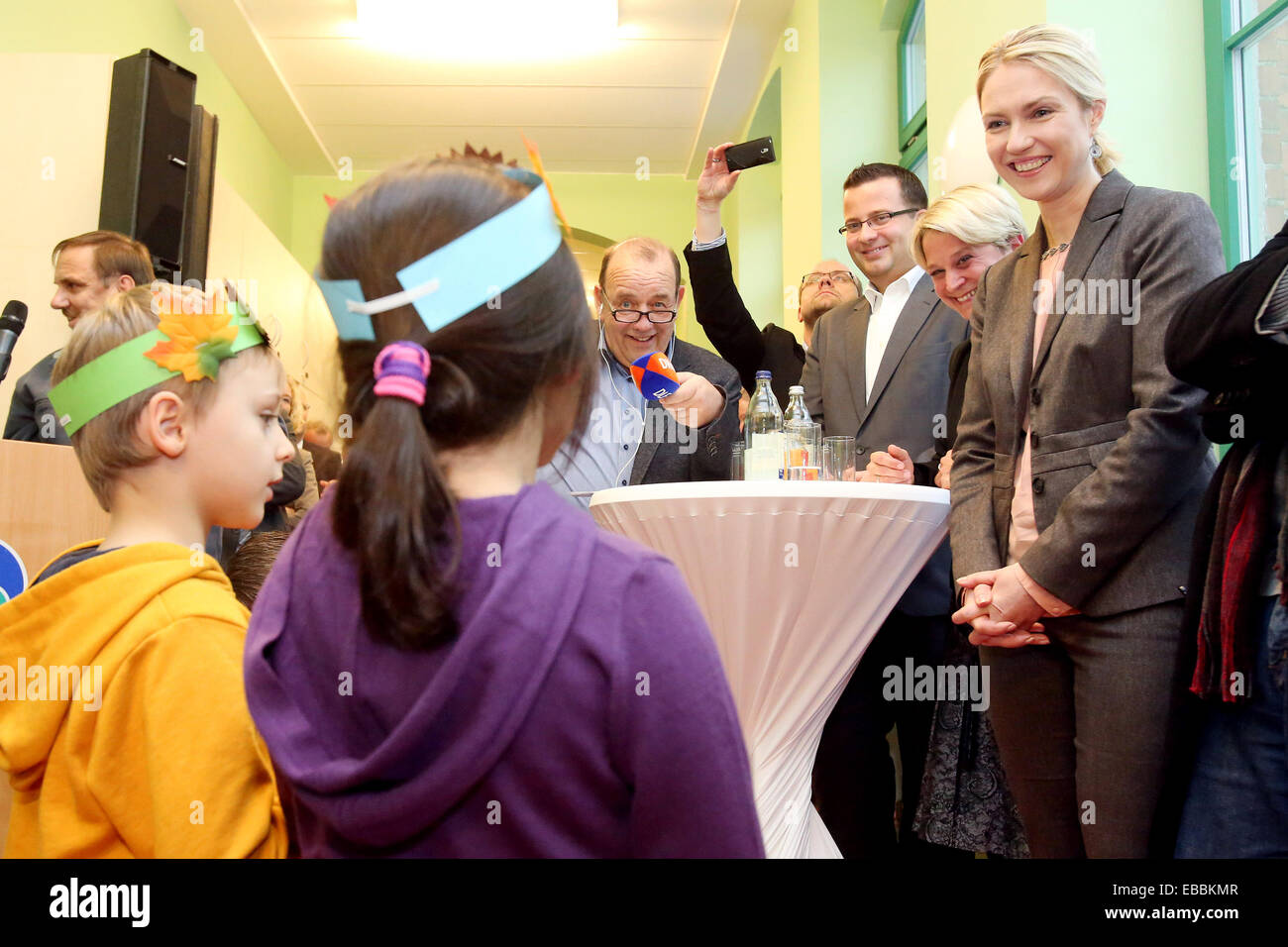 "German Family Minister Manuela Schwesig (R) takes part in the opening of the 24 hour daycare center ""nidulus duo"" Stock Photo"