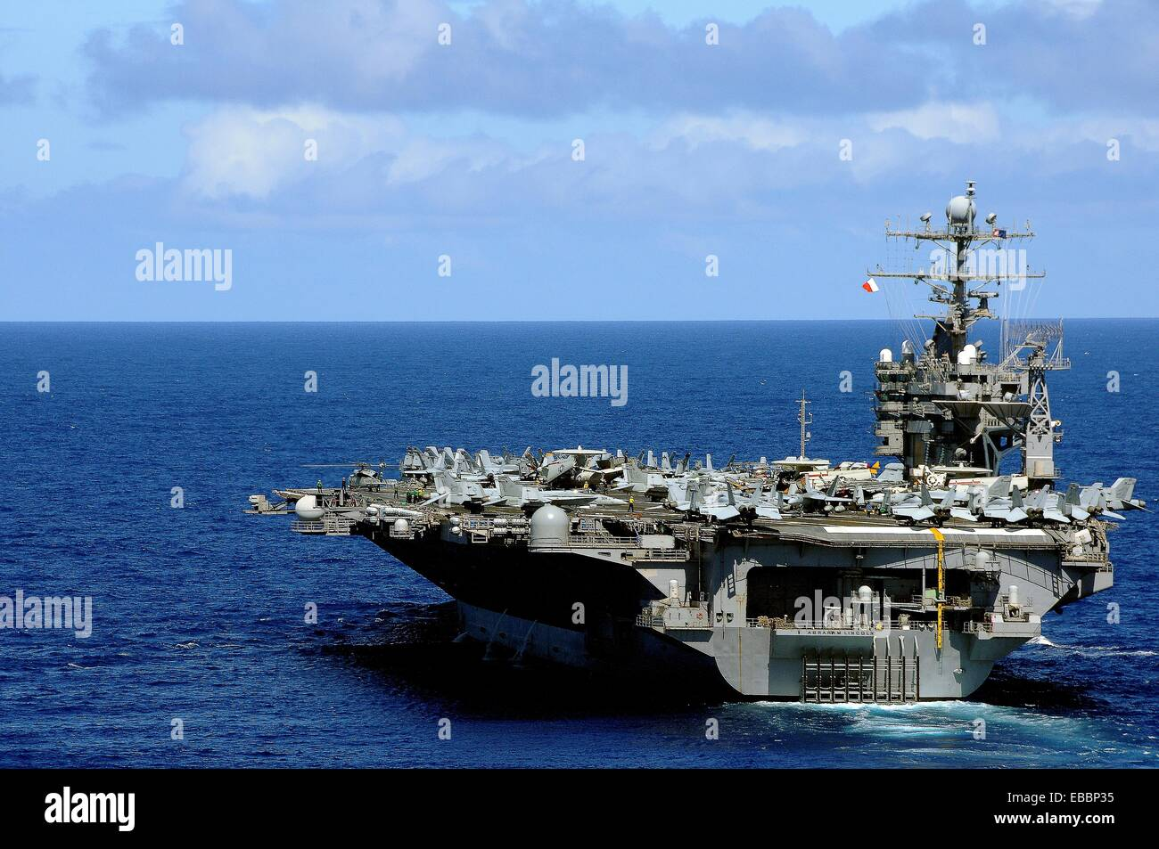 PACIFIC OCEAN Sept  19, 2010 The aircraft carrier USS Abraham Lincoln CVN 72 transits across the Pacific Ocean  - Stock Image