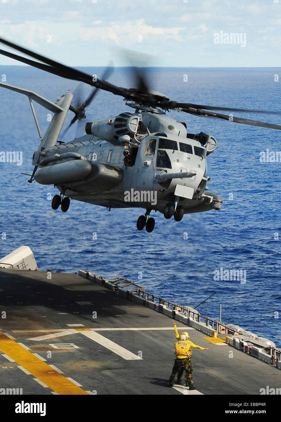 PHILIPPINE SEA Sept  14, 2010 A CH-53E Sea Stallion helicopter assigned to Marine Medium Helicopter Squadron HMM - Stock Image