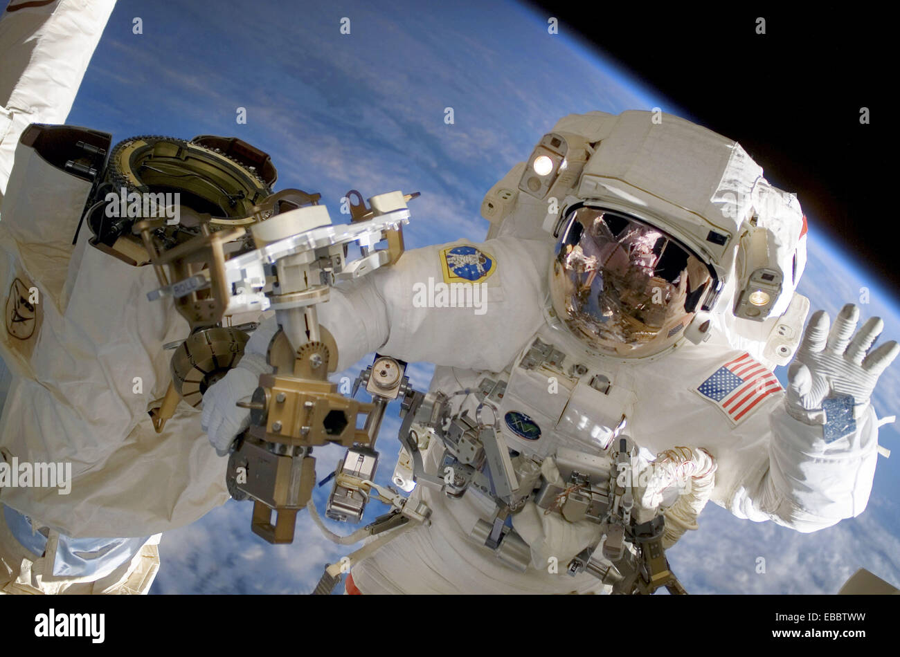 (23 July 2007) --- Astronaut Clay Anderson, Expedition 15 flight engineer, waves to the camera while participating - Stock Image