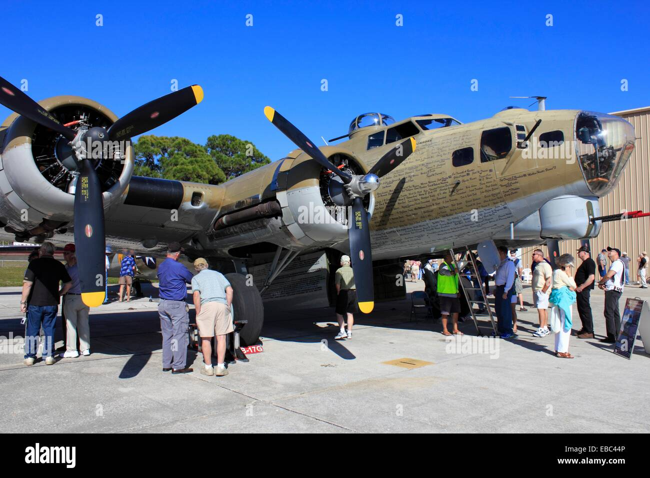 B-17 Flying Fortress WWII bomber aircraft in static display Stock Photo