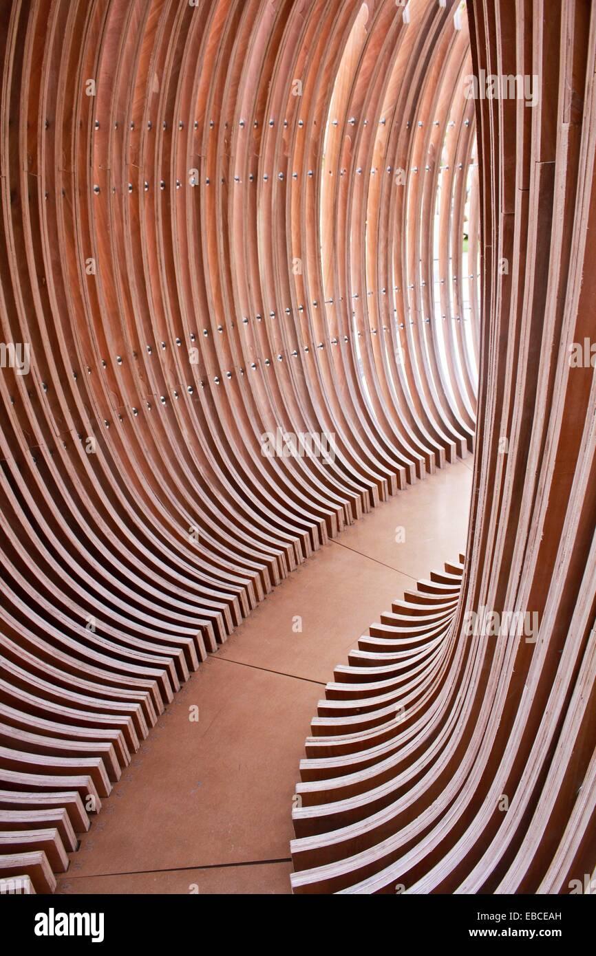 Modern Wood Sculpture Kuwait Stock Photo Alamy