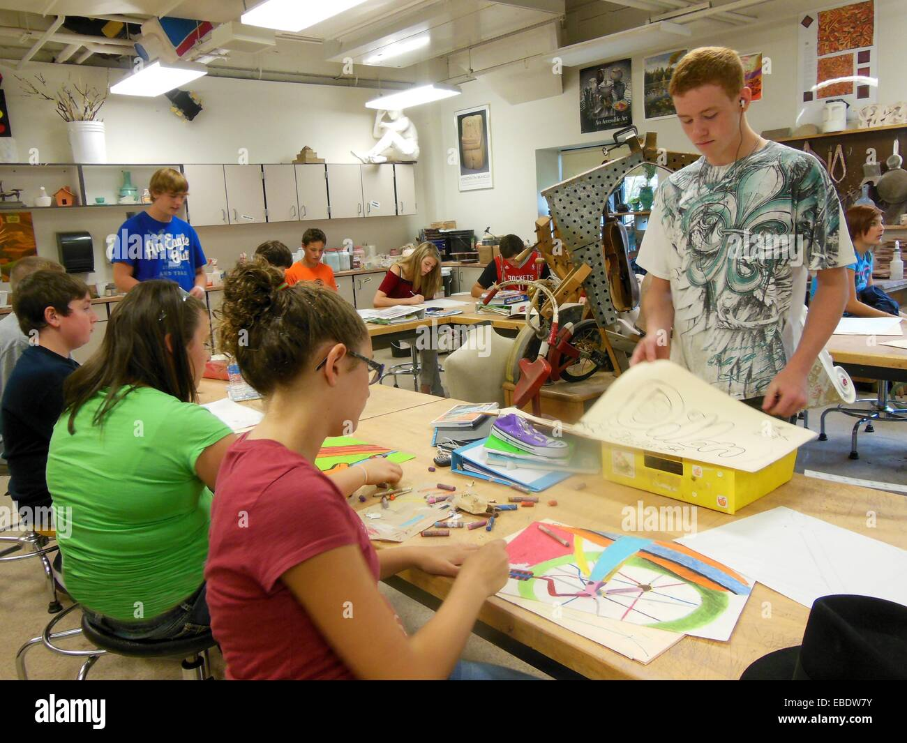 High school art class images for Craft schools in usa