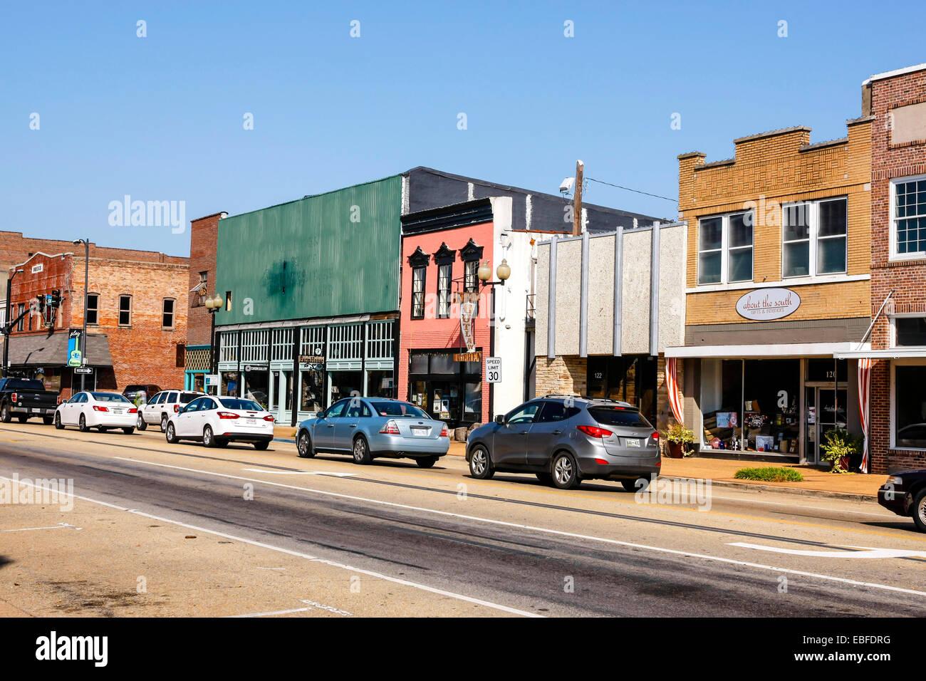 Main Street in Tupelo city Mississippi, hometown of Elvis Presley - Stock Image