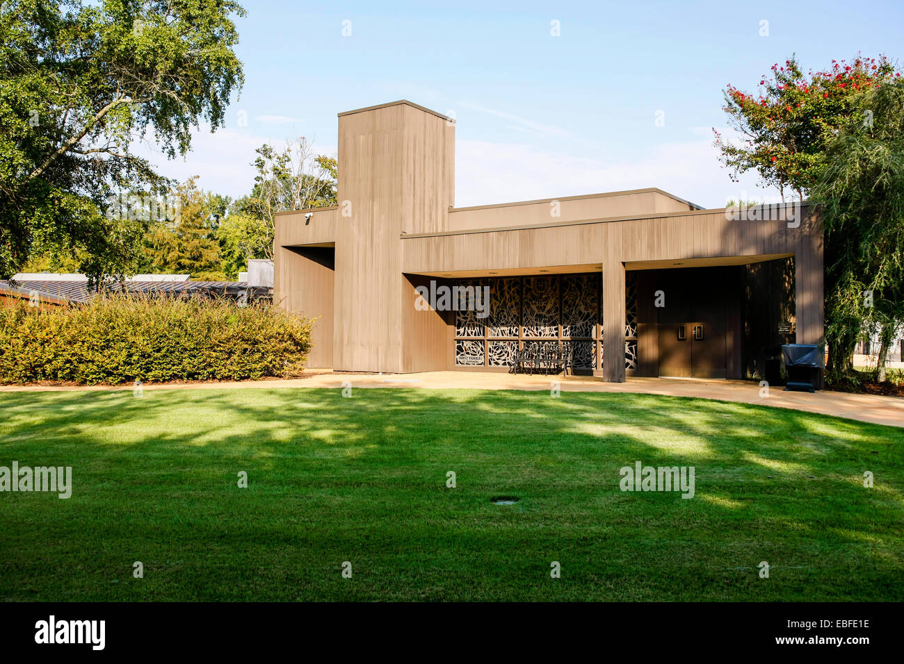 The Elvis Birthplace Museum building in Tupelo Mississippi - Stock Image