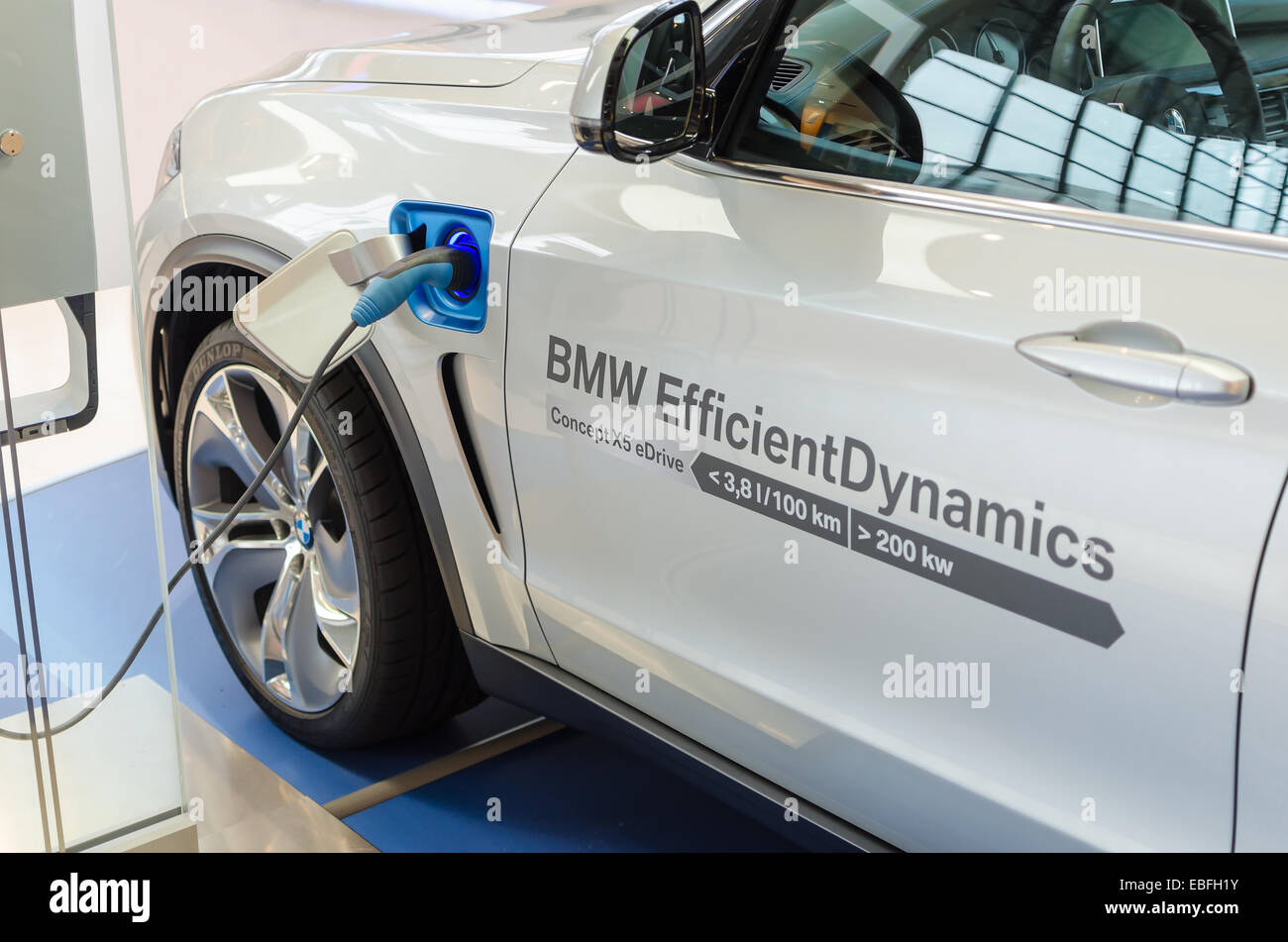 New Model Of Environmentally Friendly Electric Car Bmw X5 With