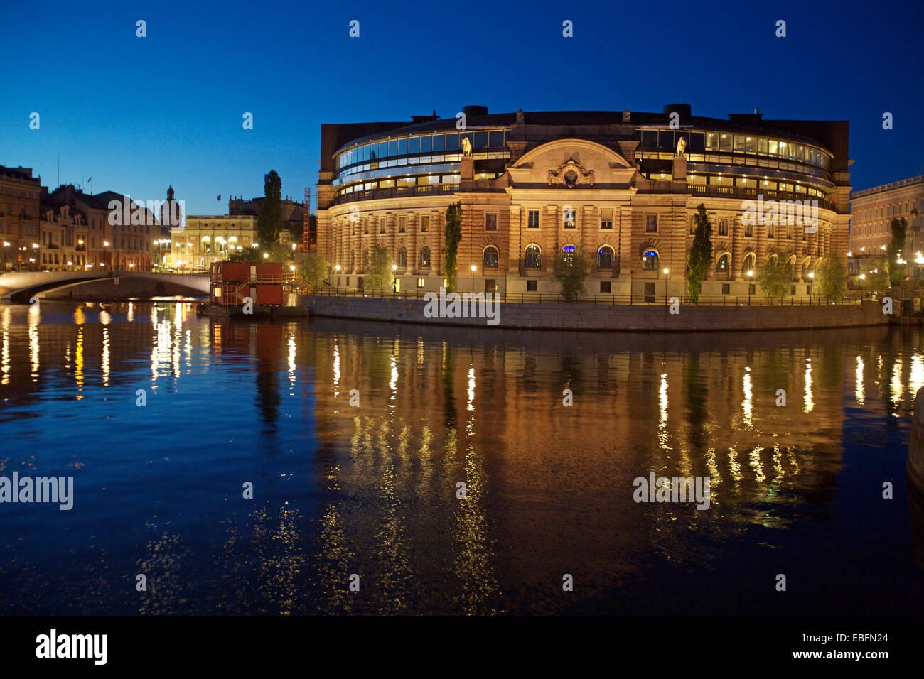 Parliament at Night, Helgeandsholmen, Stockholm, Sweden - Stock Image