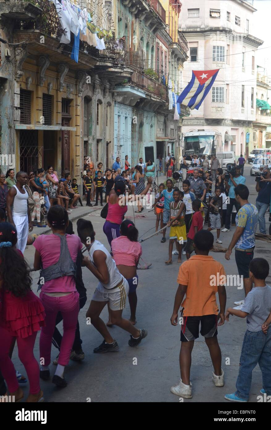 Cuban children taking part in a school sports day, on the streets of Habana Centro. Havana, Cuba - Stock Image