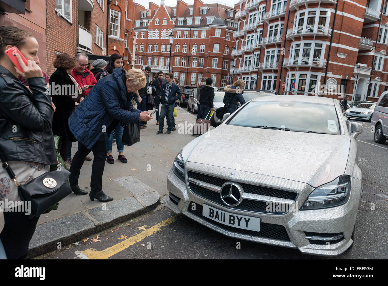 63f164797e9d29 Crystal-covered Mercedes turns heads in Knightsbridge Stock Photo ...
