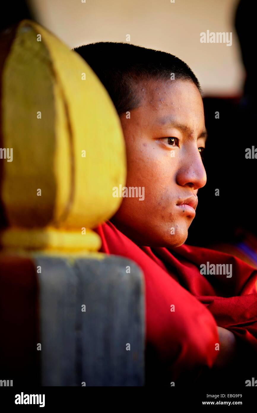 Spectator at a monastery festival in Jakar Dzong fortress, Jakar, Bumthang district, Bhutan Stock Photo