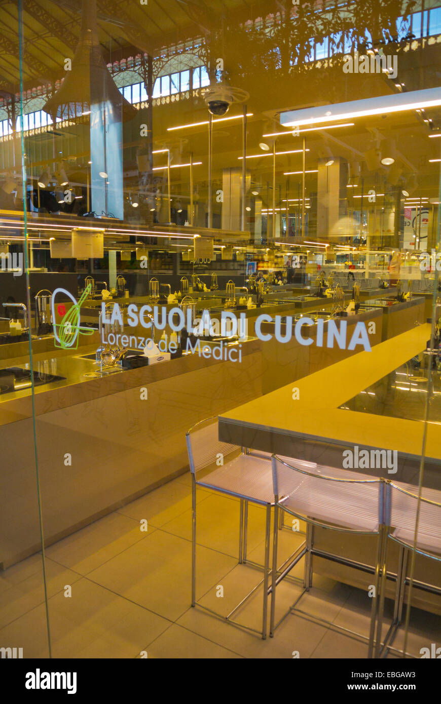 Lorenzo de Medici, cooking school, Mercato centrale, central market hall, 2nd floor, Florence, Tuscany, Italy - Stock Image