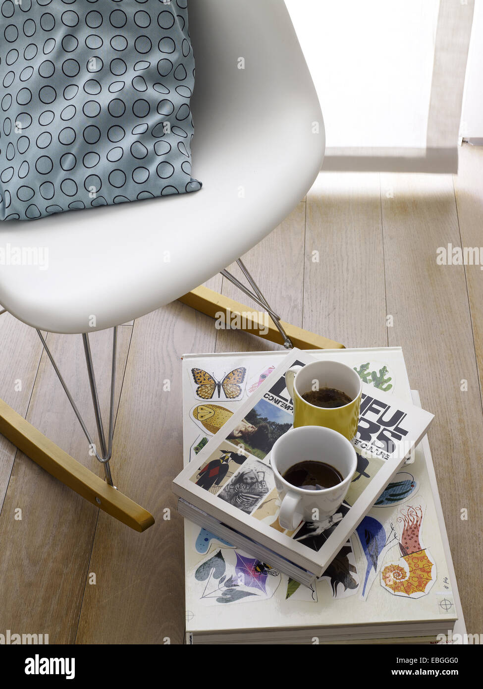 Interior Decoration: Two Cups Of Coffee On A Small Tray On The Floor With A