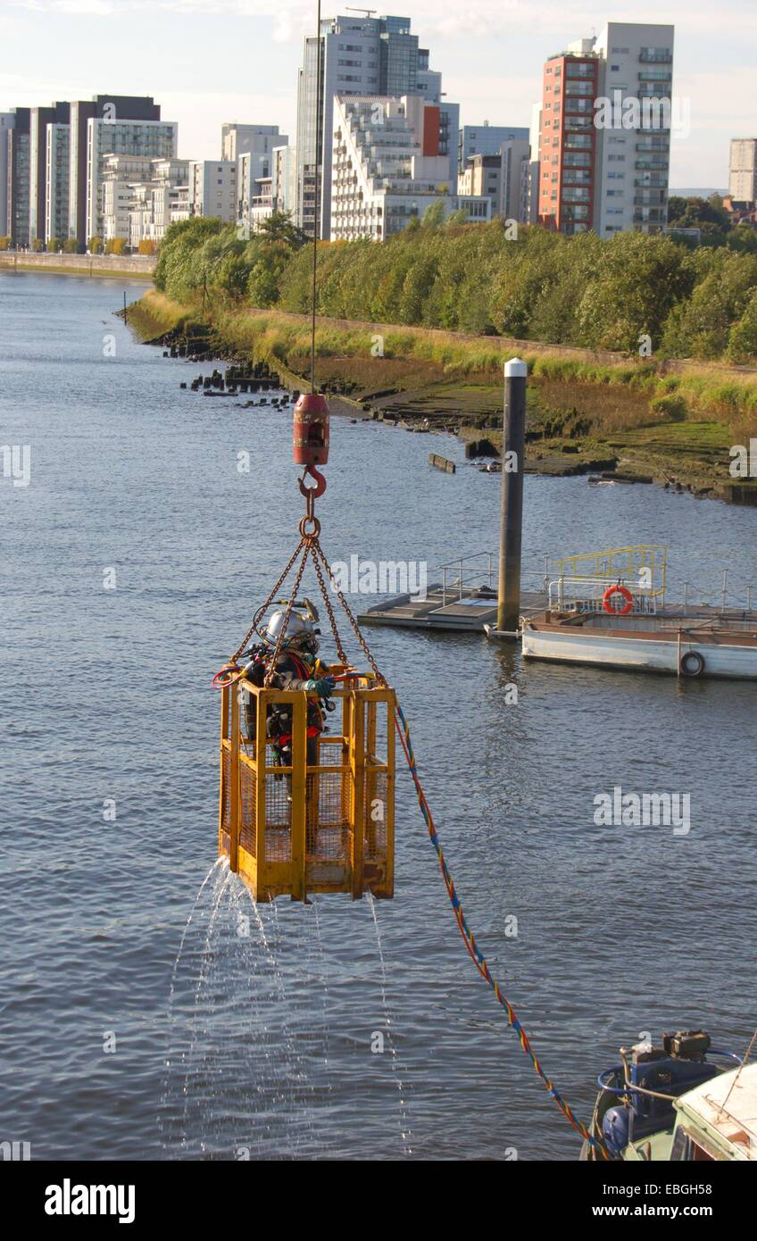 4th September 2013. Editorial uae only. Underwater welder  at Pointhouse Quay in Glasgow, Scotland - Stock Image