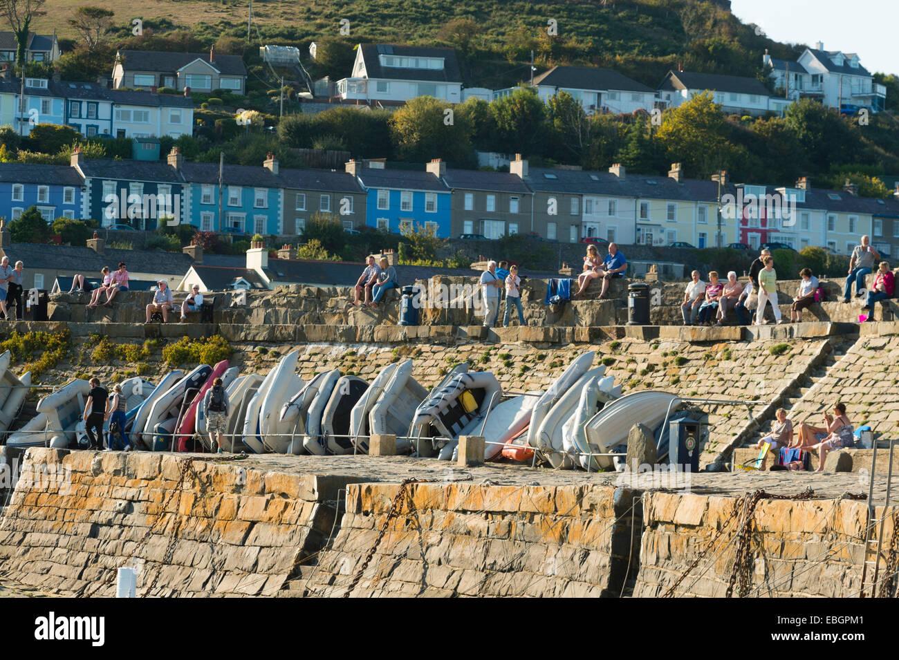 September sunshine: Cei Newydd / New Quay, on the Cardigan Bay coast of Ceredigion, west Wales UK - Stock Image