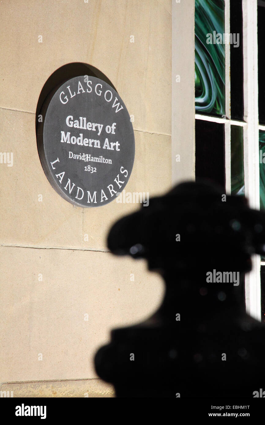 Plaque outside GOMA (Glasgow Gallery of Modern Art) - Stock Image