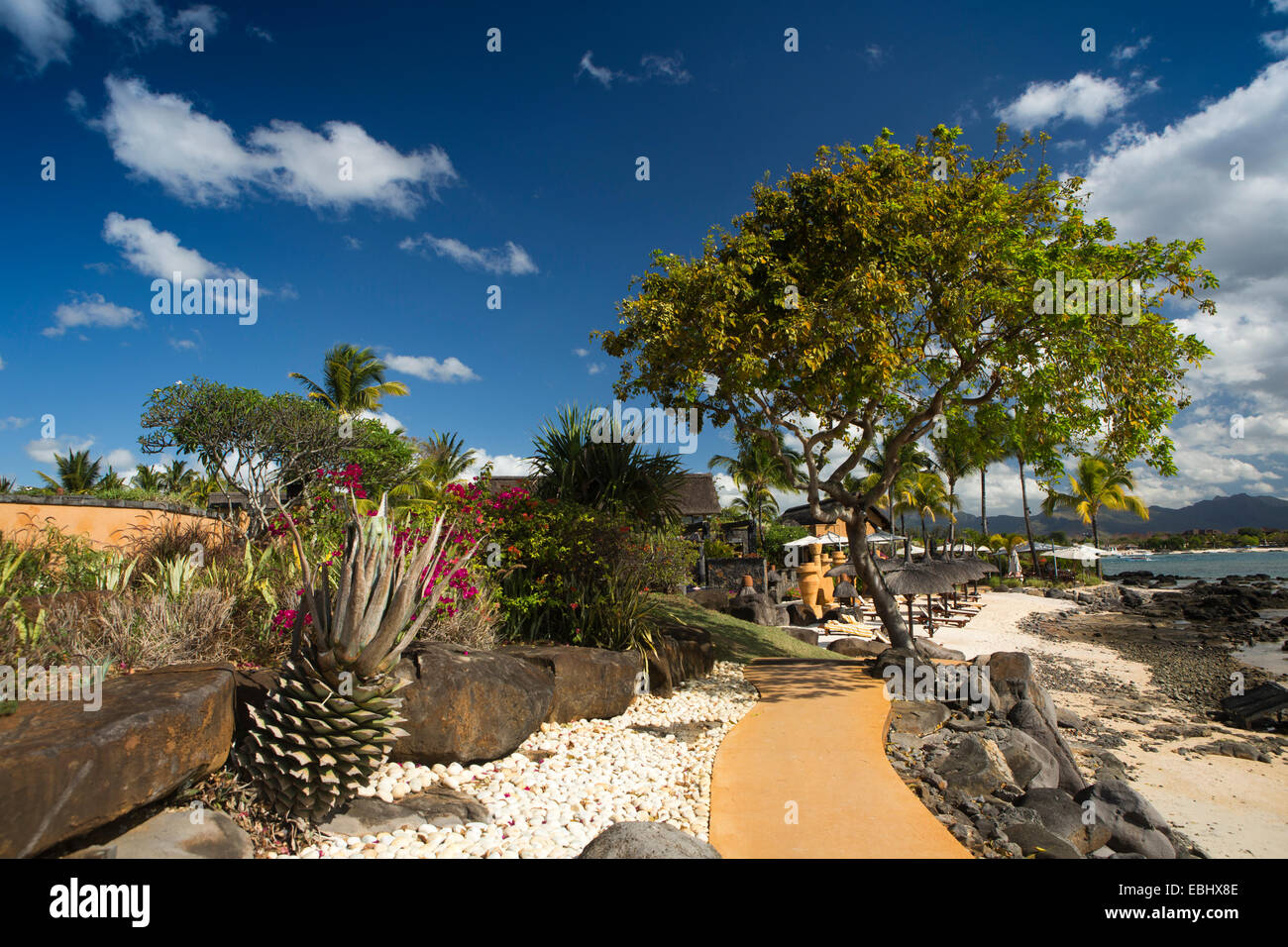 Mauritius, Pointe aux Piments, Turtle Bay, Oberoi Resort seafront garden - Stock Image