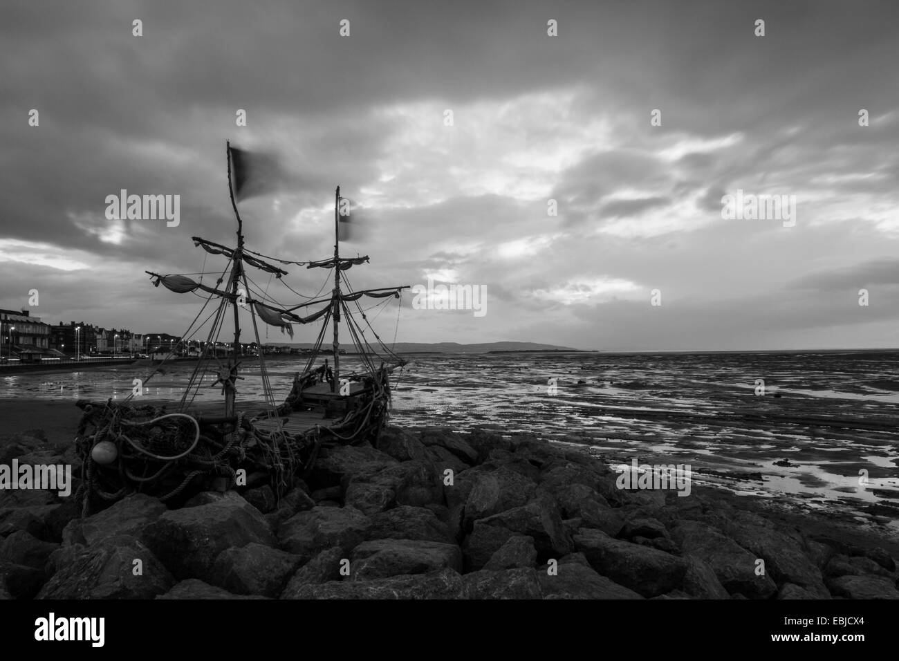 Drift wood Pirate ship, Wirral - Stock Image