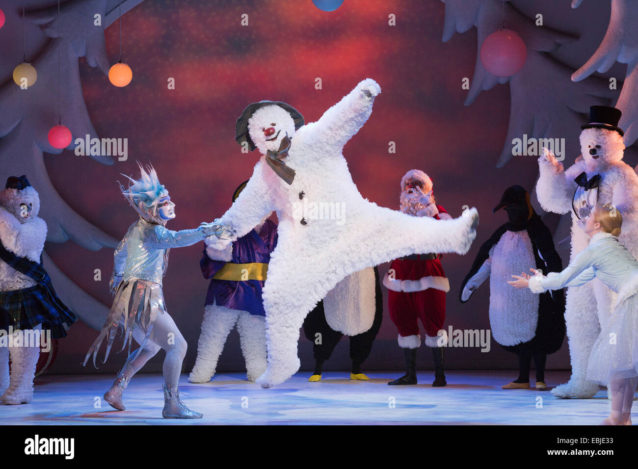 Children's Christmas and winter show The Snowman performed at the Peacock Theatre, London Stock Photo