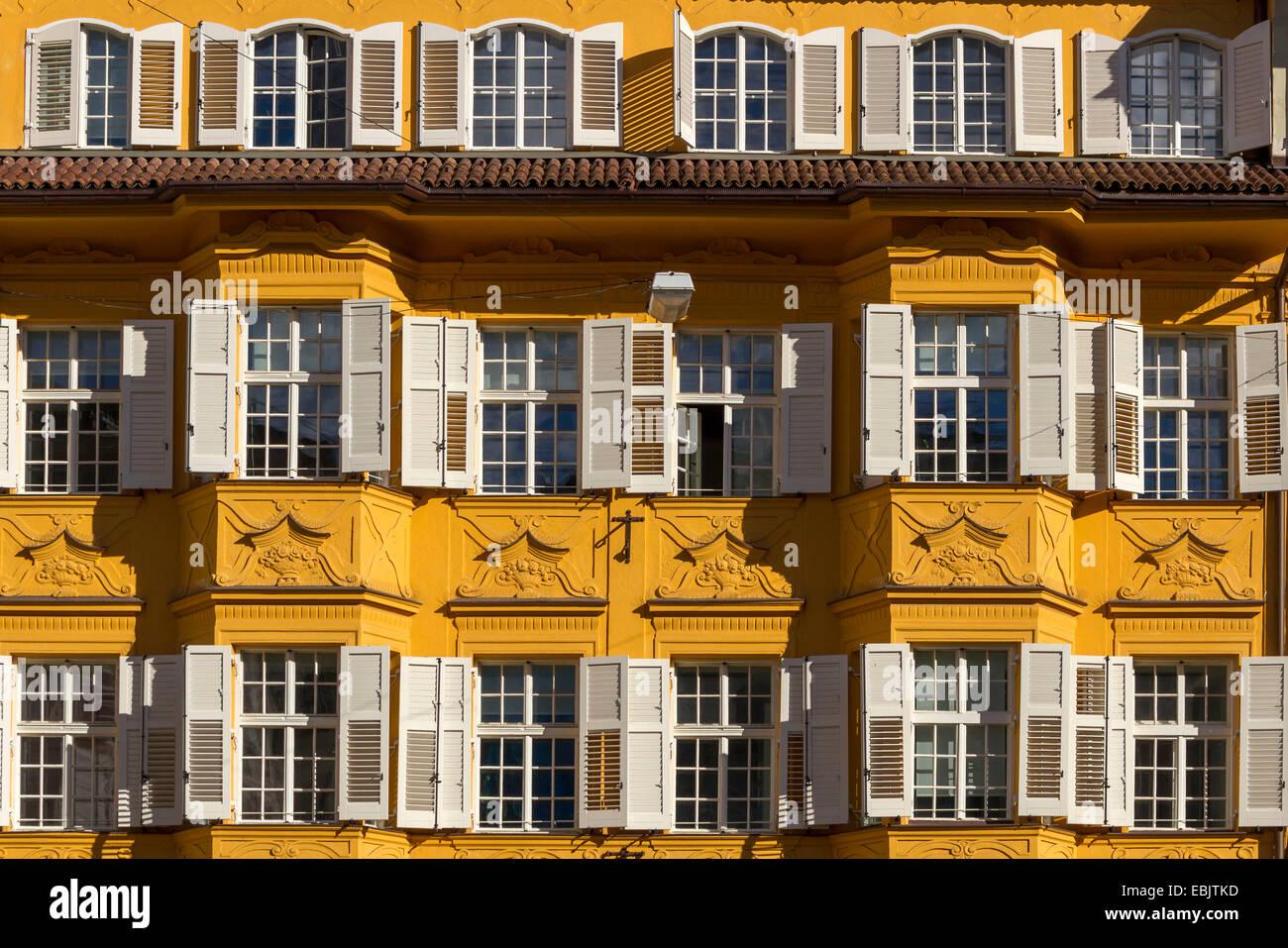 Facade in historical centre, Bozen, Bolzano, South Tyrol, Italy, Europe - Stock Image