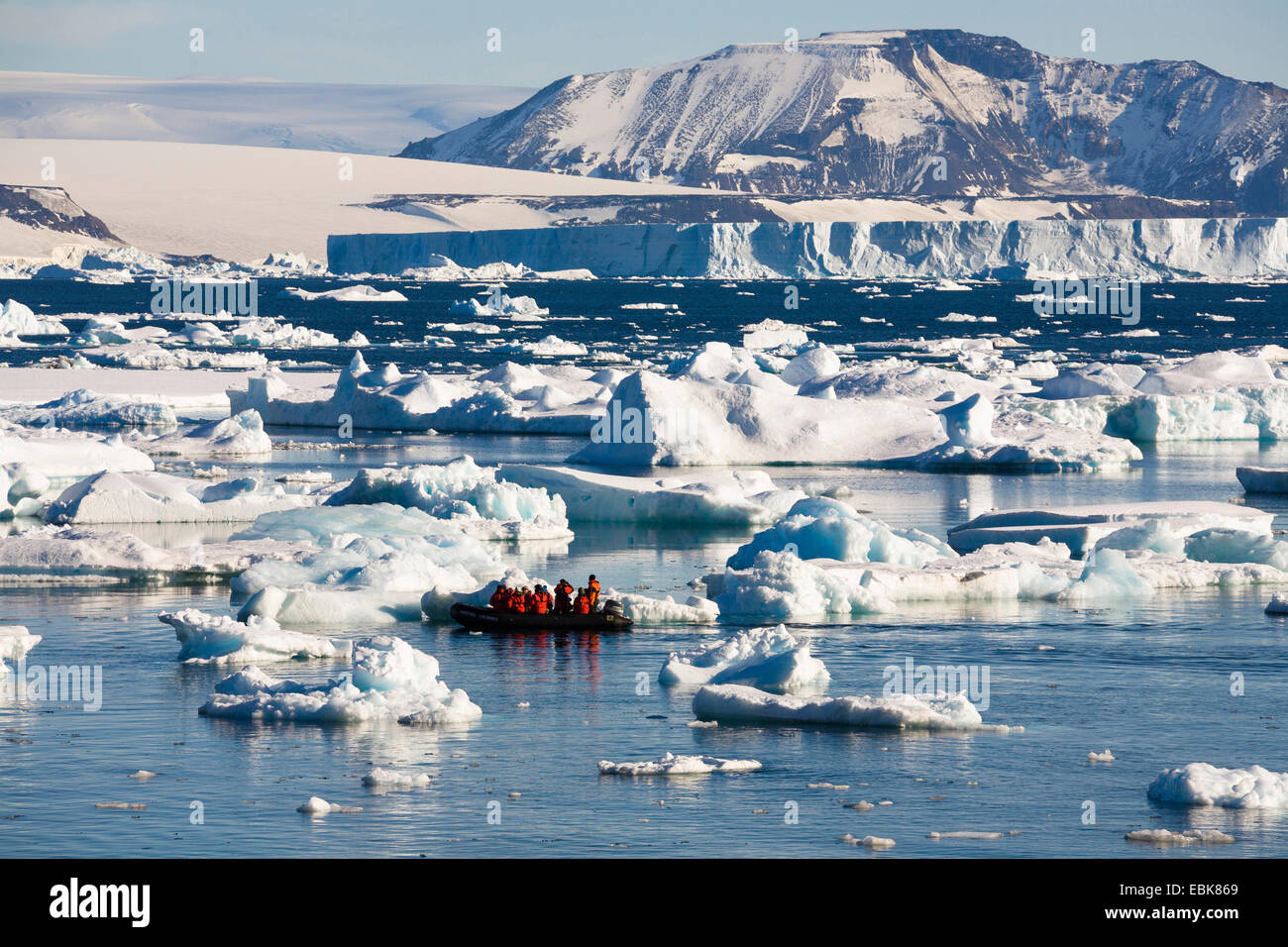 rubber raft trip among icebergs in the Weddell Sea, Antarctica - Stock Image