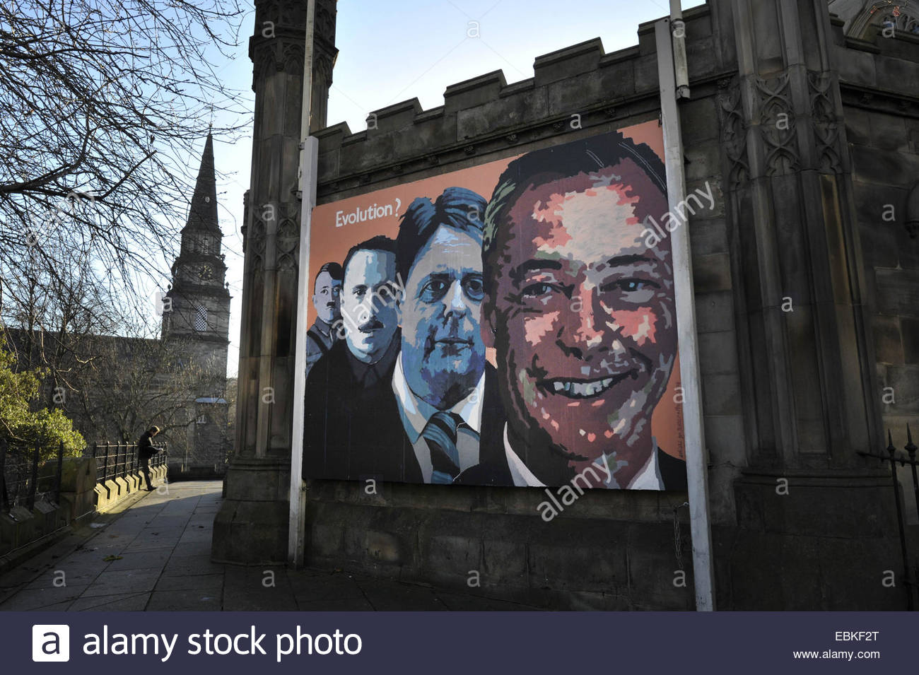 Edinburgh, UK. 2nd December, 2014. A mural depicting political leaders including Hitler and Nigel Farage painted - Stock Image